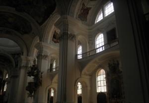 innenseite der basilika weingarten