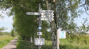 schild zum wackelwald bad buchau