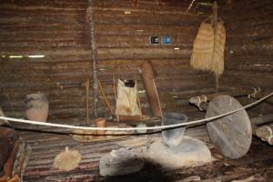 In der Hütte des Federseemuseums Bad Buchau