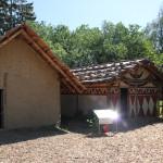 Steinzeithütten-im-Ferderseemuseum-Bad-Buchau