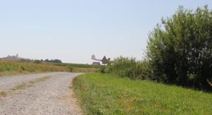Wanderweg neben Flugplatz Reute Bad Waldsee