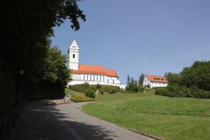 Blick auf Kirche des Bussen beim Aufstieg