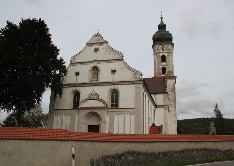 Kirche Unteressendorf