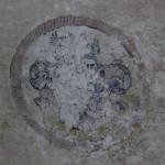 Verwittertes Emblem Schloss Warthausen
