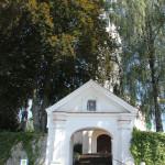 Treppen zur Kirche Bergatreute