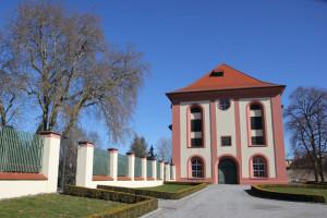 08-Seitengebäude-Schloss-Altshausen