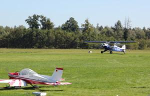 20 Modell- und Flugzeug