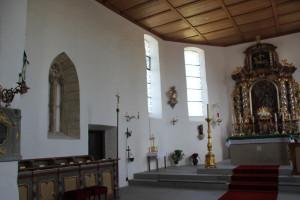 Altarraum-Eintürnen-Berg-Kirche