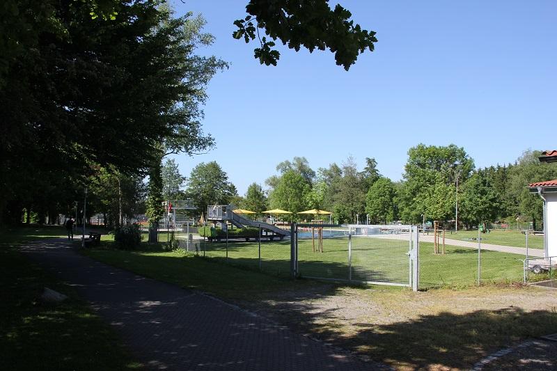 Liegewiese Freibad Bad Buchau