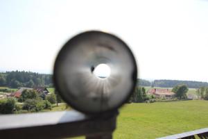 23-Blick-durch-Sichtrohr-Höchsten