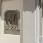 Kreuzigungsrelief Außenwand Kißlegg Kirche