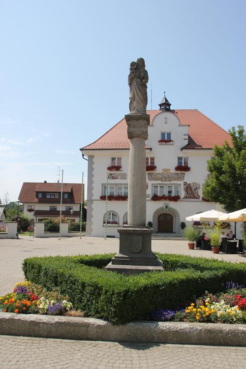 Mariendenkmal-Rathaus-Kisslegg