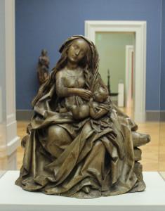 9 Thronende Mutter Gottes