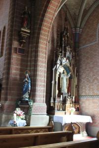 Seitenaltar-Kirche-Aßmannshardt
