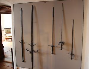 35 Schwerter