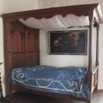 57 Bett der Adelsfamilie