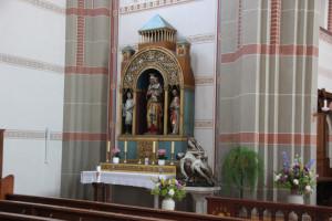 Seitenaltar Kirche Hundersingen
