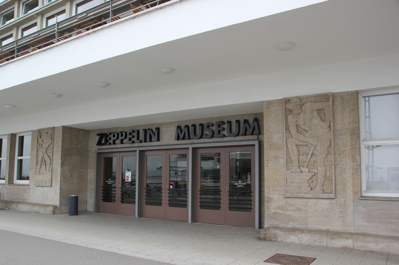 Eingang Zeppelin Museum