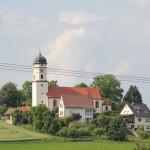 002 Kirche im Donautal