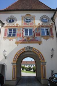 36 Toreinfahrt Schloss Zeil
