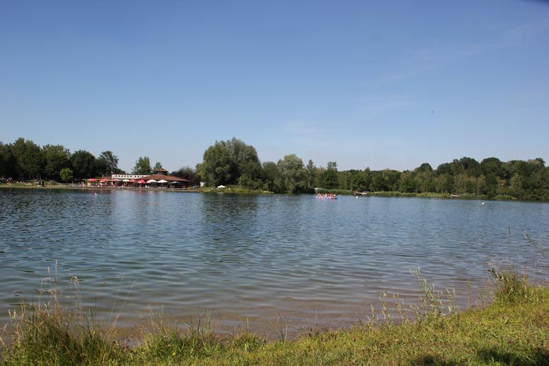 Floss auf Badesee Ertingen