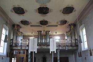 Blick zur Orgel Kirche Hasenweiler