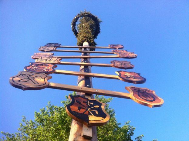 Maibaum in Oberschwaben