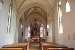 Neogotischer Altarraum Boms