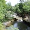 Kleiner Wasserfall Felsbaedle Mochenwangen