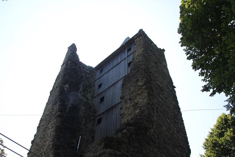 Holzverkleidung Burg Neuravensburg