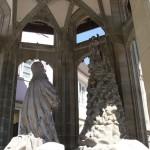 Statue vor Muenster Ueberlingen