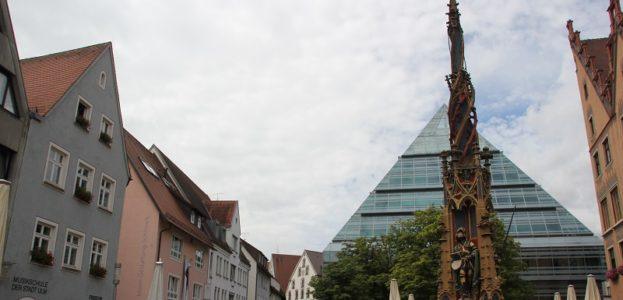 Georgsbrunnen Zentralbibliothek Ulm