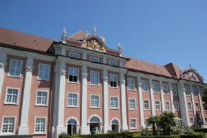 Portal mit Wappen Neues Schloss Meersburg