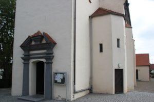 Eingang St Ulrich Alberweiler Schemmenhofen