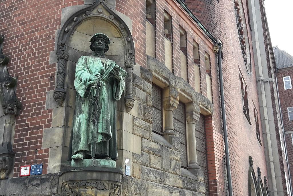 Zwingli Prediger mit Schwert
