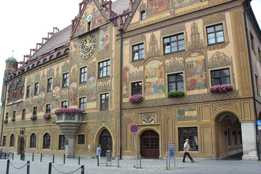 Gotische Prachtfenster Rathaus Ulm