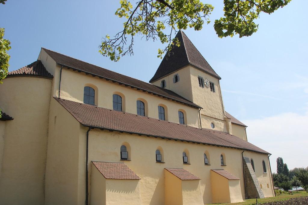 Romanische St Georgskirche Reichenau