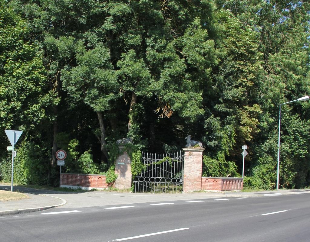 Tor zum Schlosspark