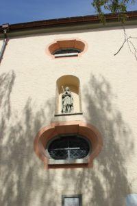 Eingelassene Statue Kirche Eriskirch