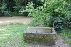 Wasserbassin Grillhuette Lueginsland Buchenstock