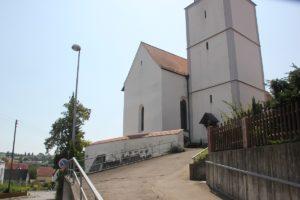 Aufstieg zur Kirche Laiz