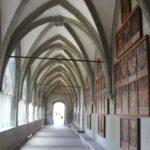 Kreuzgang mit gotischen Bildern Muenster Konstanz