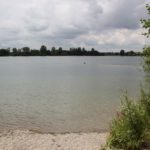 Klares Wasser im Badesee Obersulmetingen