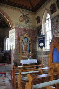 Rechter Seitenaltar Kirche Pfaerrenbach