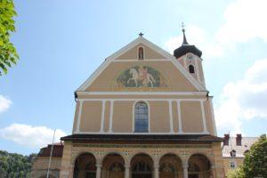 Frontbild St Martin Kirche Kloster Beuron